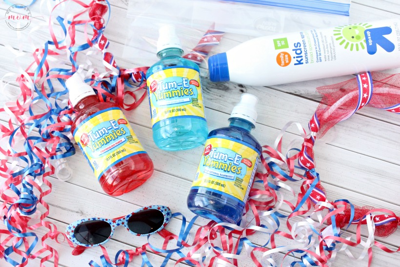 Quick and easy DIY 4th of July ribbon crown! Patriotic craft for kids. + Parade essentials